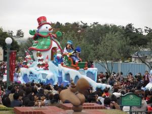 TDL【クリスマスパレード】グーフィ―フロート