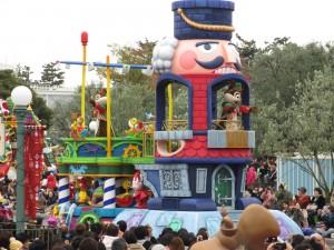 TDL【クリスマスパレード】チプデフロート