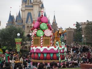 TDL【クリスマスパレード】プルートフロート
