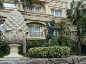 ディズニーランドホテルのプール3